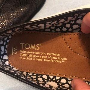 Toms Shoes - Size 7 Back shimmer TOMS